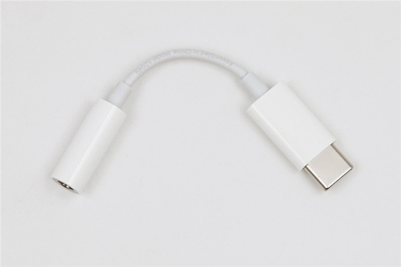 Apple USB C to 3.5 mm Adapter3